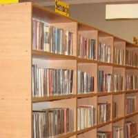 """Klub Książki """"SZAFA""""  czeka znowu na czytelników"""