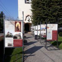 """Wystawa """"Madonny Kresów"""" w Smolcu"""